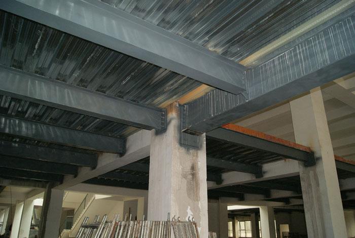 北京钢结构楼梯灵活性强,形状可以自由选择