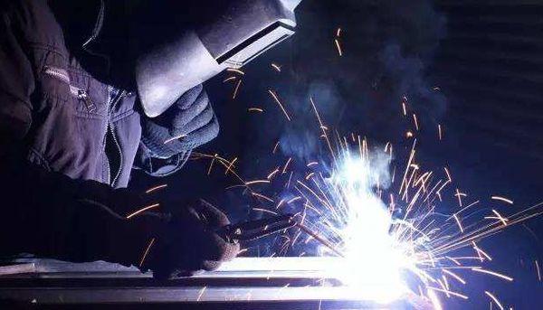 钢结构埋弧焊-应特别注意焊丝与焊剂的选配